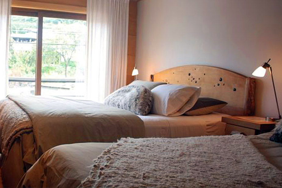 Double Room with Extra Bed with Street View Palafito 1326 Boutique Hotel Chiloe Island